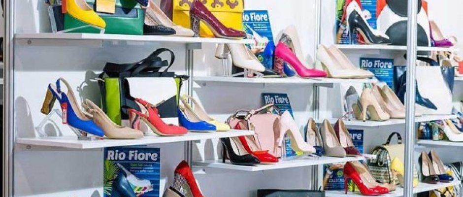 Картинки по запросу shoe store